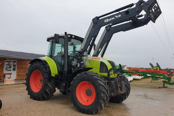 Трактор CLAAS Arion 620C